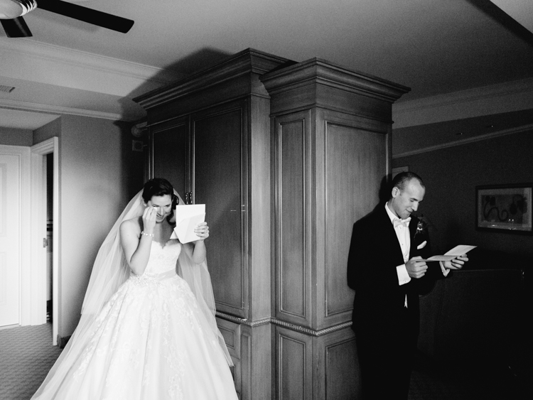 classic JW Mariott Las Vegas Wedding | las vegas wedding photographer | gaby j photography | private letter exchange