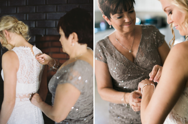 mom and daughter getting ready before the wedding | gaby j photography