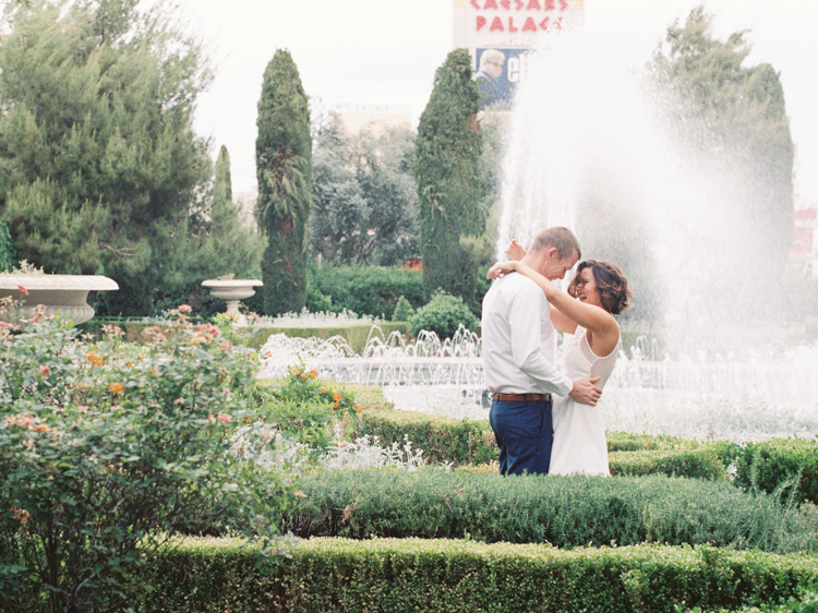 secret las vegas city elopement | gaby j photography | las vegas elopement photographer