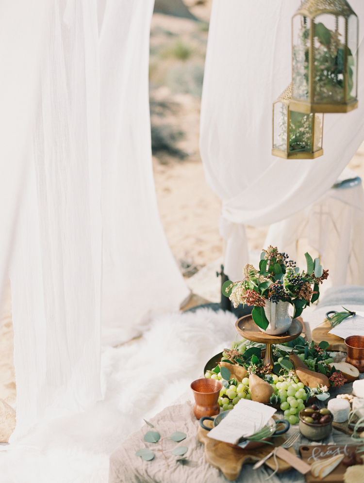 moroccan inspired desert wedding | gaby j photography | desert wedding inspiration with a camel
