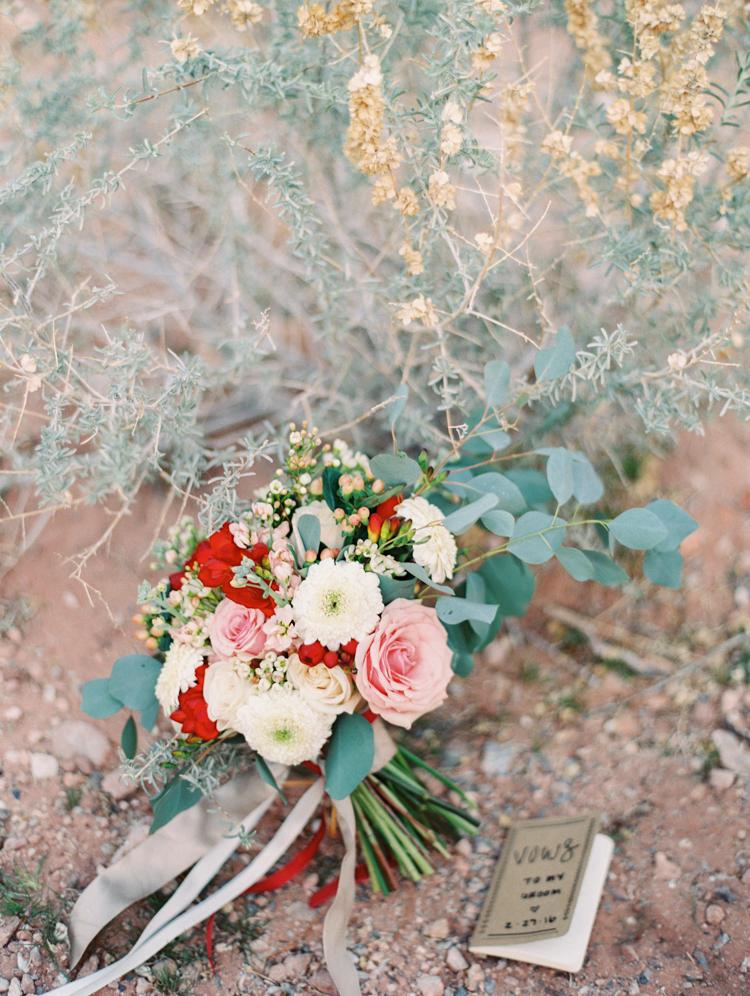 small wedding at red rock canyon national park | desert elopement | gaby j photography | las vegas elopement | opal floral