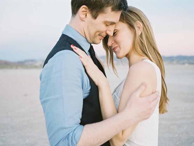 las vegas desert elopement photographers | gaby j photography | desert elopement inspiration