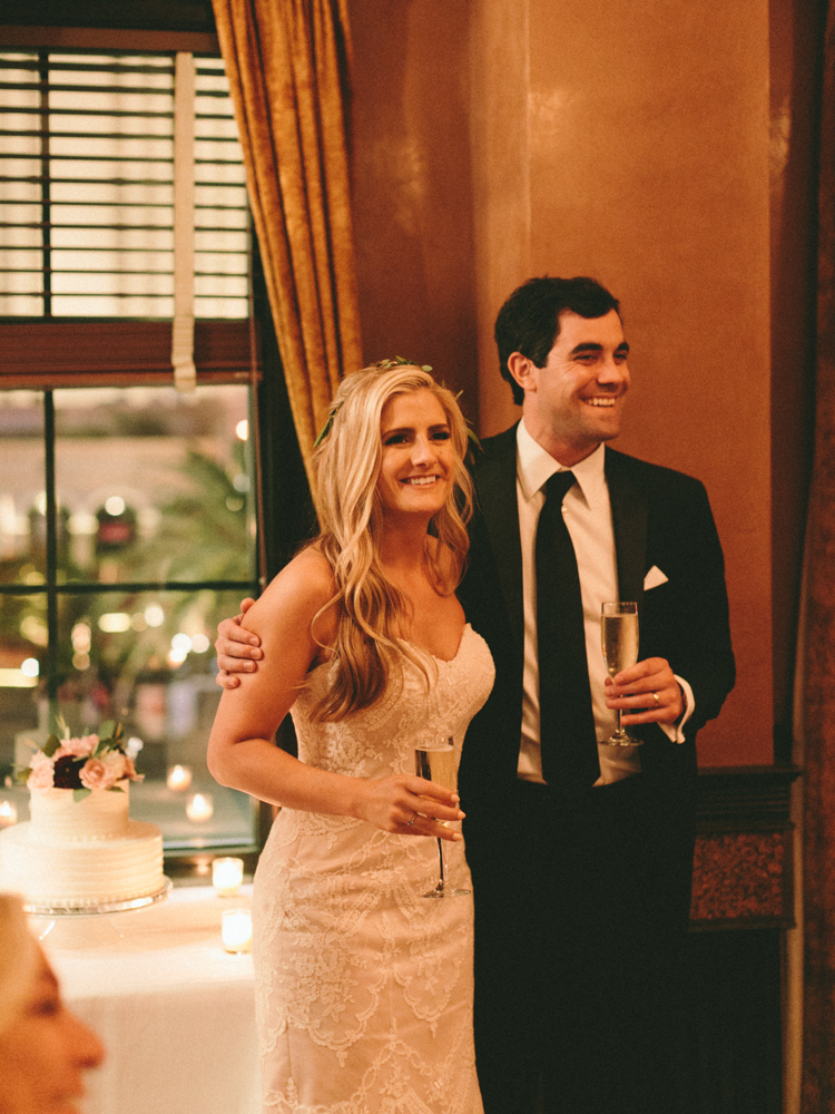 unconventional las vegas wedding | gaby j photography | smith and wollensky wedding reception