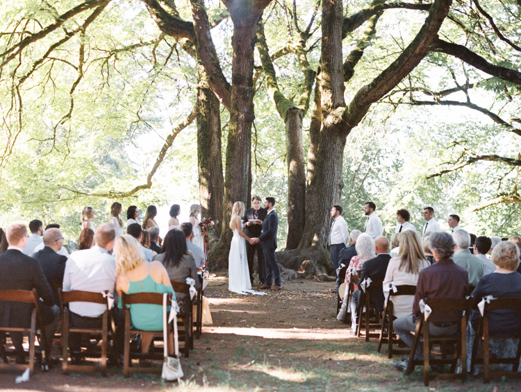 mt tabor ceremony portland wedding photographers
