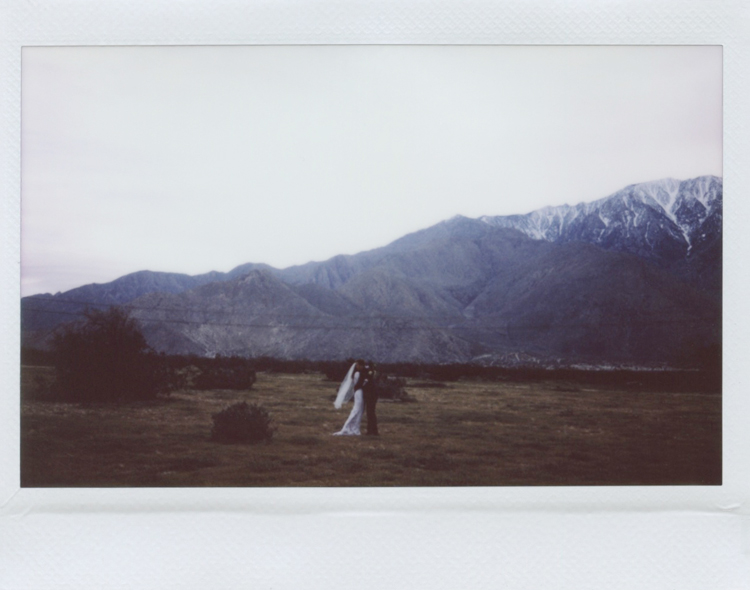 outdoor wedding ceremony in palm springs photography