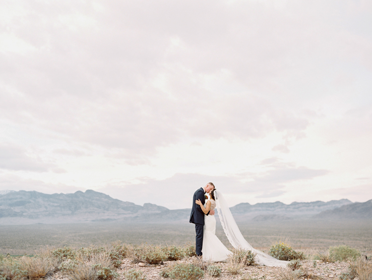 fine art las vegas wedding photographers