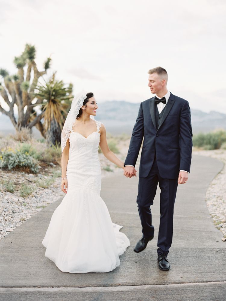 paiute las vegas wedding photos