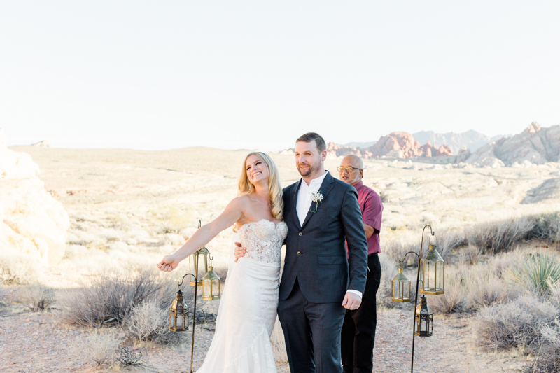 valley of fire gold ridge wedding ceremony