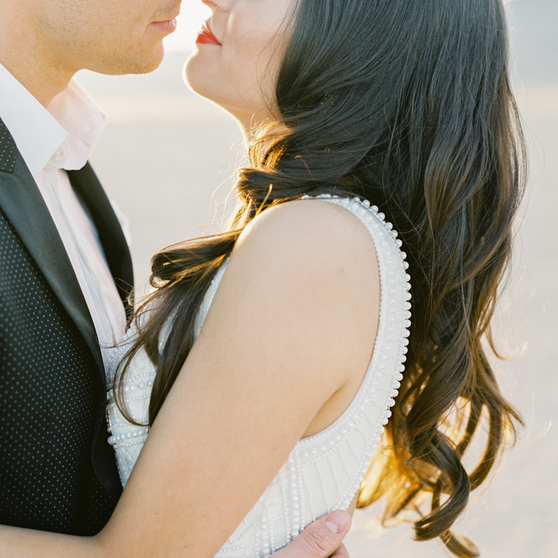 romantic las vegas wedding photographers
