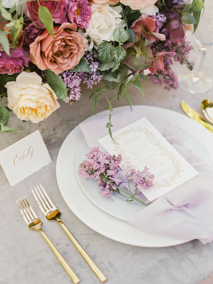 garden floral inspired wedding tablescape