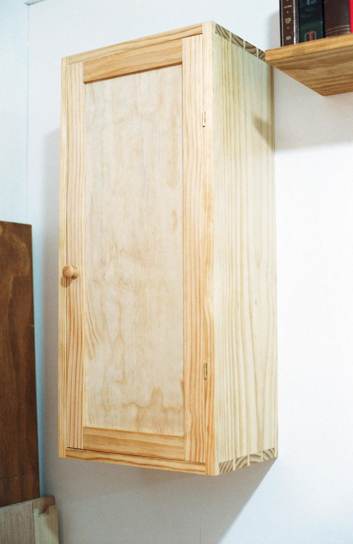 Pine wall cabinet PF
