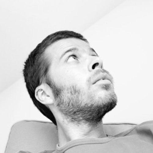 Pedro Santos    @pedrosmithson  /Curador Macau