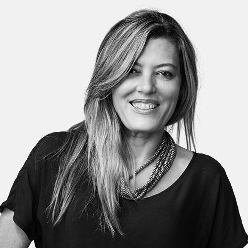 Luciane Araujo @lucianearaujo/ Concepção e Direção