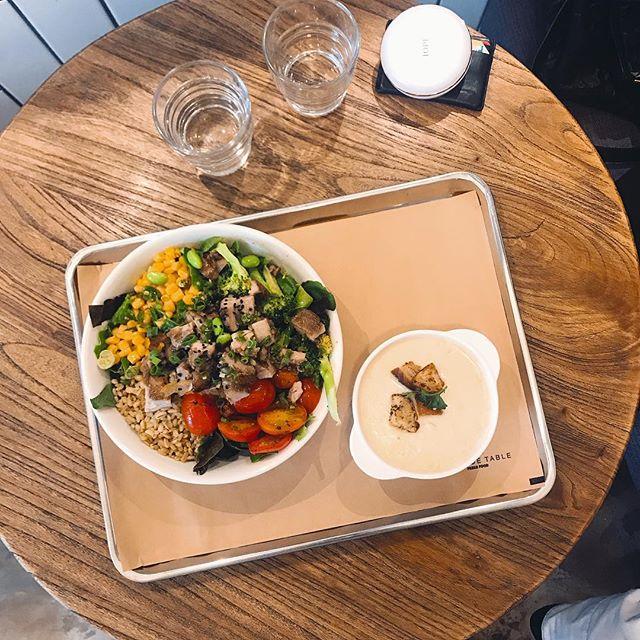I respect salad eaters. 🥗 #염소된기분 - - - - - #salad #foodie #seoul #korea #diet #다이어트 #샐러드 #힐사이드테이블 #풀 #운동하는여자 #green