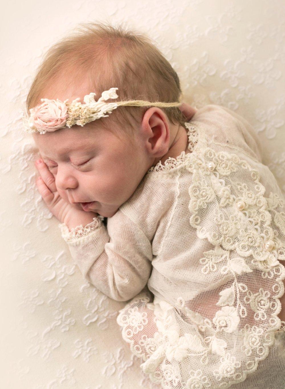 Newborn tummy dress seattle.jpg