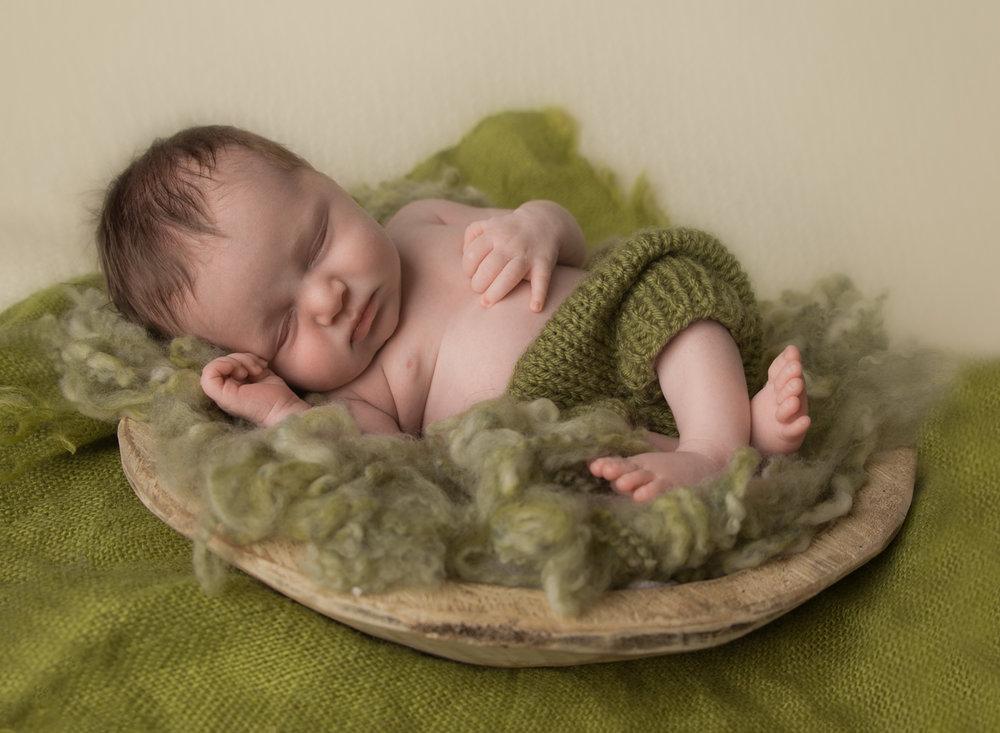 newborn boy blue cream Kent Seattle photography-6.jpg