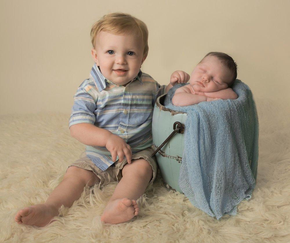 newborn boy blue cream Kent Seattle photography-20.jpg