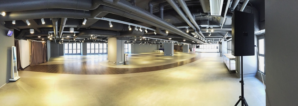 ....The Space Location: 2/F, D2 Place ONE Area: 12,000 sq.ft .. The Space 地點:D2 Place 一期2樓 面積:12,000 平方呎 ....