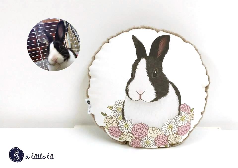 a little bit (IG: @a_little_bit_ ) 本地原創品牌,由一位設計畢業生創立。以兔子為主題,設計不同款色嘅手作。想有幾可愛就有幾可愛!啱晒鍾情兔子嘅你!