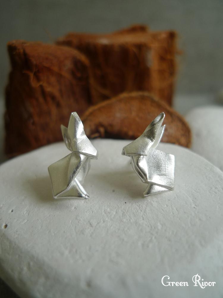 Origami rabbit silver paper fold rabbit by green rivor 3.jpg