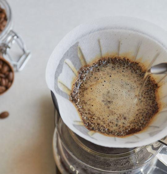 手沖咖啡工作坊 - 課程簡介:由餐廳及精品咖啡店 Little Break Coffee & Kitchen 講解手沖咖啡基本知識,參加者可以了解手沖咖啡用具及技巧,同時實習沖煮方法,為自己炮製一杯精品咖啡。時間:每節1.5小時i) May 18,2:15 - 3:45pmii) May 19,2:15 - 3:45pmiii) May 20, 3:00 - 4:30pm費用:HK$300/ 1位