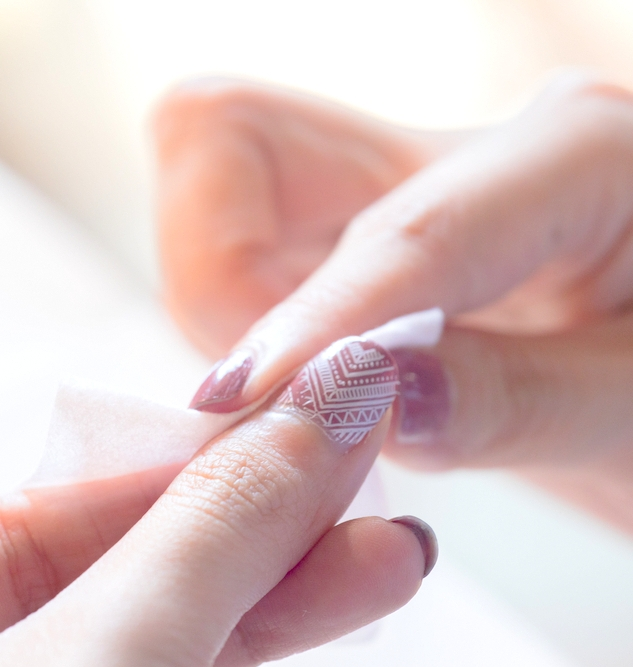指甲留「香」工作坊 - 課程簡介:社會企業單位「i-nail」的美甲學員將會教授參加者高清打印美甲技巧。參加者可揀選最多4款香港特色圖案(食品、風景等)打印於手指上,而其餘手指則以Gel甲作併配。時間:i) Jun 30,12 - 2 pm@ The Space, 2/F, D2 Place ONEii)Jun 30, 2:15 - 3:45 pm@ 4/F, D2 Place ONEiii) Jul 1, 5:15 - 7:15 pm@ 4/F, D2 Place ONEiv) Jul 2, 12 - 2 pm@ 4/F, D2 Place ONEv) Jul 2, 3:30 - 5:30 pm@ 4/F, D2 Place ONE費用:HK$80 / 1位成人