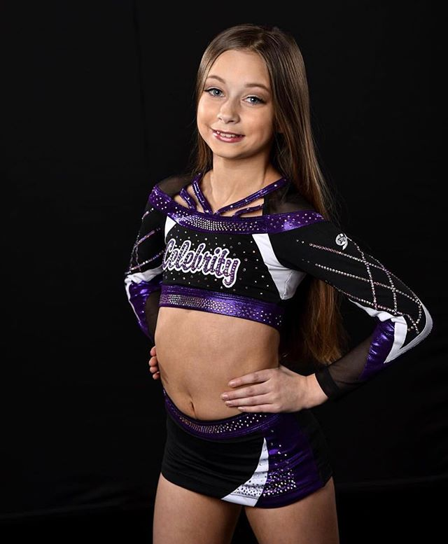 We loved showing off our new senior team uniforms at the @gk_cheer shoot in Vegas last weekend🤩💜🖤 Thank you, @jerryhughesphoto, for the stunning pictures to match our stunning unis!