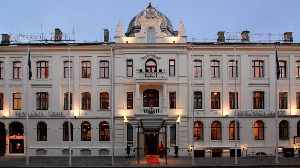 britannia-hotel-fasade-1[1].jpg