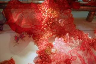 Styling Blog - Design, Interieur & Mode - Stylist Janette van Tol - Zijde sculpturen van Lisa Kellner