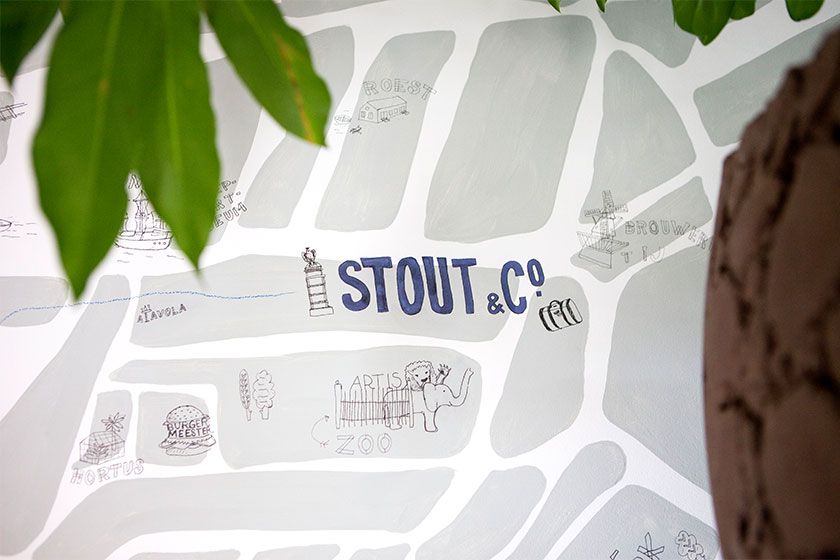Stout & Co Design Hotel / Bed & Breakfast in Amsterdam - Landkaartje -  https://www.stout-co.com