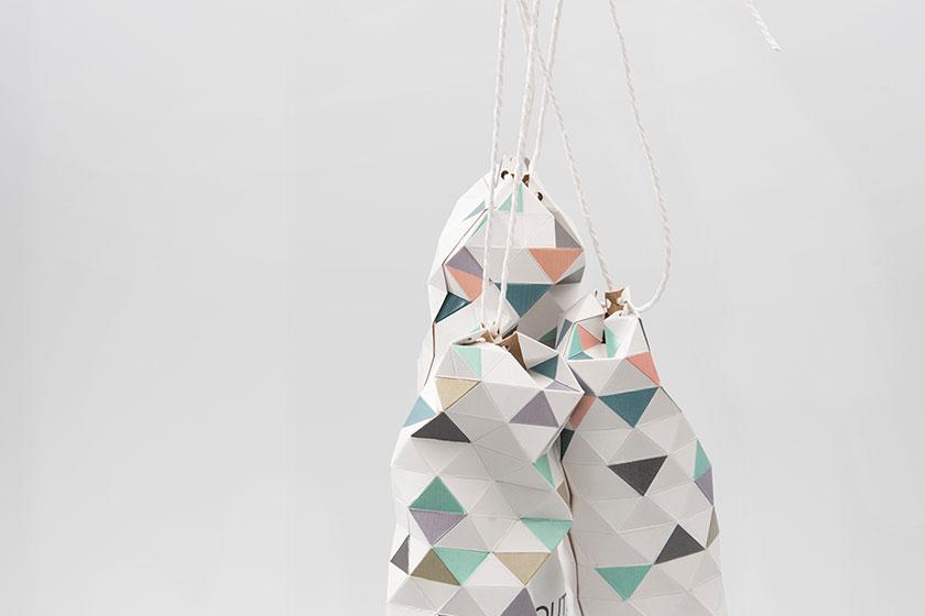 Concept ontwerp verpakking Devout champagne - door het aan- of lostrekken van het koord kan de verpakking worden geopend en gesloten