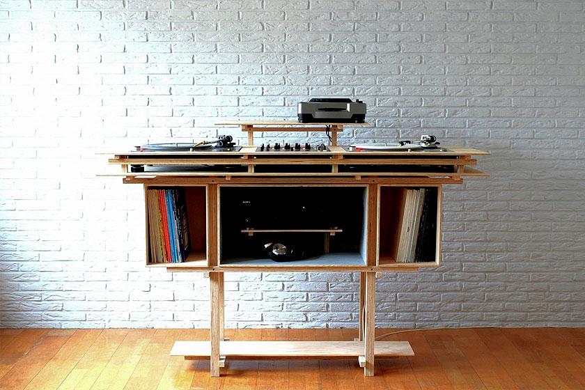 Meubelmaker Gijsbert Worst van Atelier Gsbr  t  uit Utrecht ontwerpt enmaakt hele mooie unieke en bijzondere meubels.
