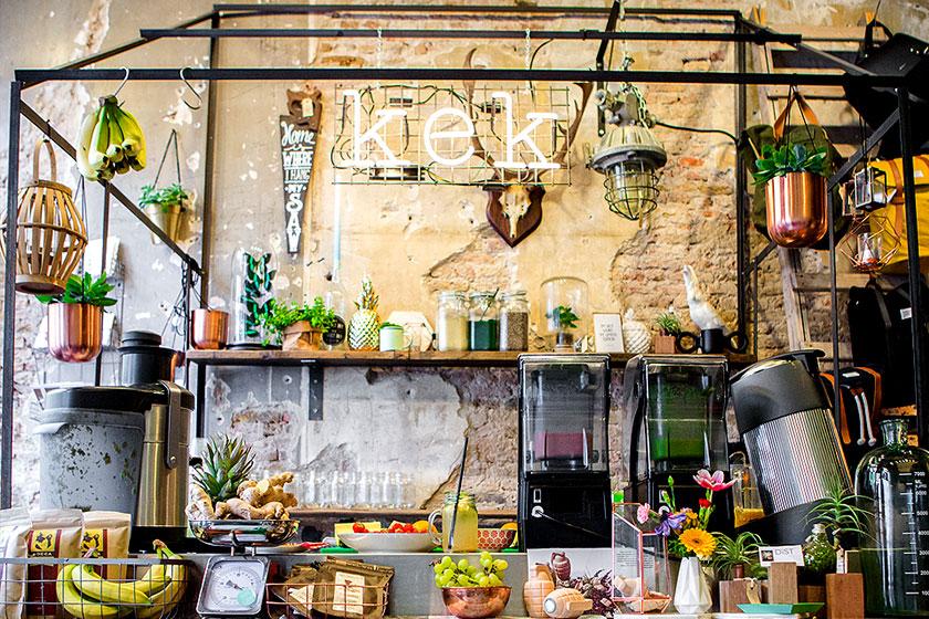 Kek Delft- één van de hippe hotspots in Delft voor een lekker ontbijt, lunch of een superlekkere koffie. En ze hebben een juice bar!