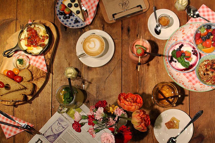 Kek Delft- één van de hippe hotspots in Delft voor een lekker ontbijt, lunch of een superlekkere koffie.