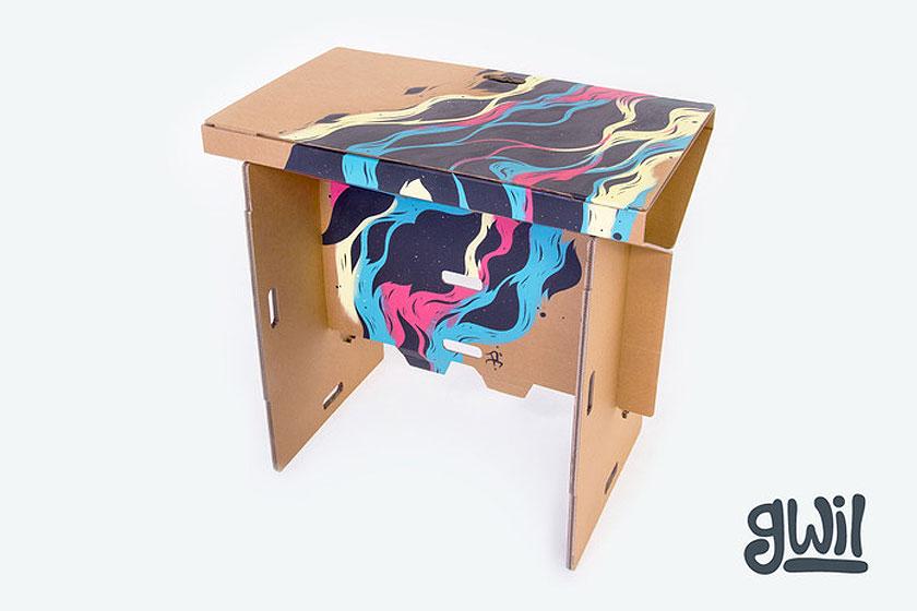 Refold- een opvouwbare werktafel van karton voor op kantoor