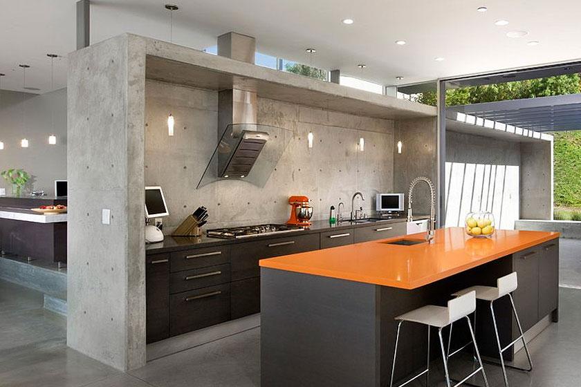 Voorbeelden Koof Keuken : een koof in beton, krijgt de hele keuken ook al een industri?le look