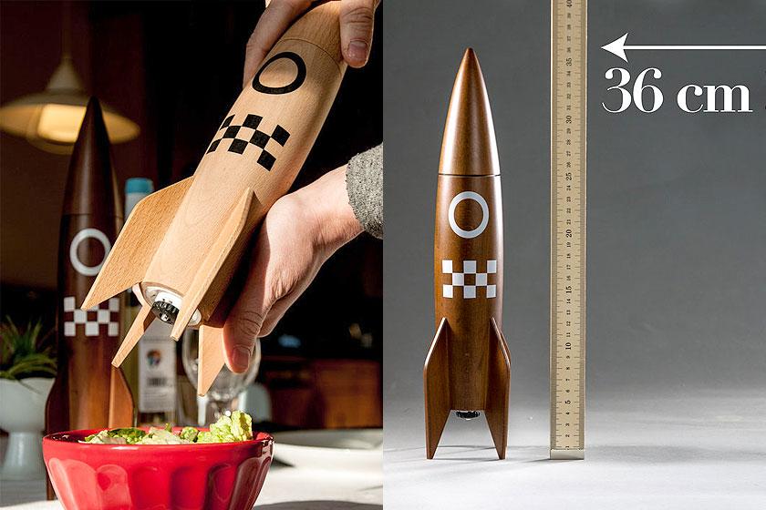 Peper-en-zout molen in de vorm van een raket. Van beukenhout. Dat is pas een creatief cadeau voor een verjaardag. Of Kerst. Of Sinterklaas.