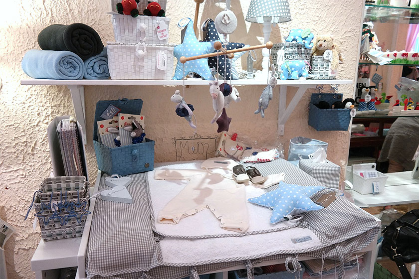 Koeka - Nederlands kinderkledingmerk  heeft inmiddels flink haar collectie uitgebreid met allerlei kinder- en babyspullen.