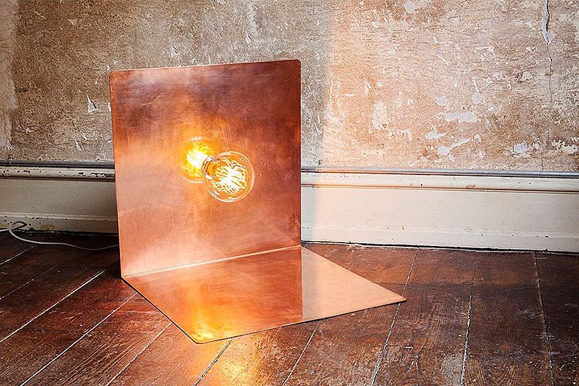 Frama CHP 90 graden vloerlamp, te koop via de webshop van VT Wonen.