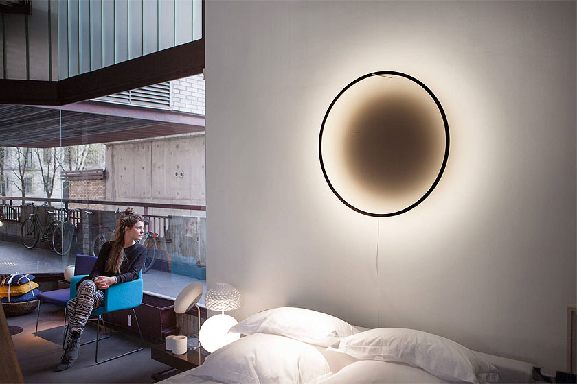 Lamp 'Eclipse' van designer Tilen Sepic