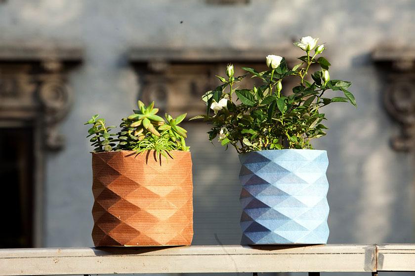 Huemid Vase van designer Danese Milano reageert op de vochtigheid van de aarde