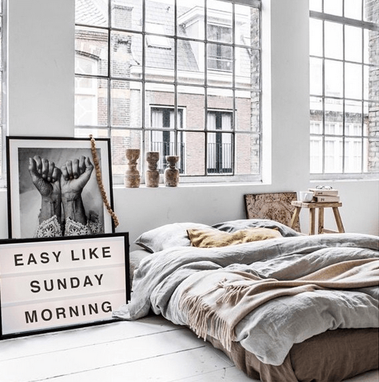 Lightbox-interieur-lichtbox-teksten-easy-like-sunday-morning-cadeau-tip-op-Styling-blog-nl.png