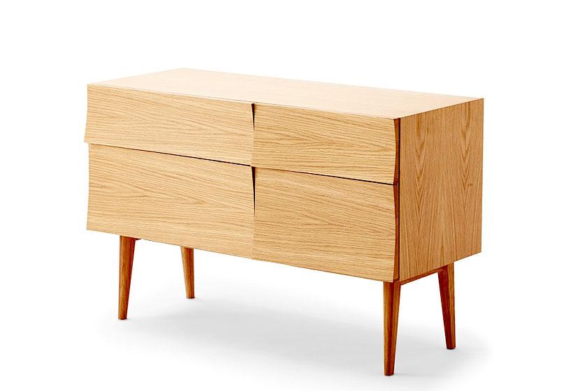 Het Reflect Dressoir is ontworpen door designer Soren Rose en te koop via de webshop van Flinders.com