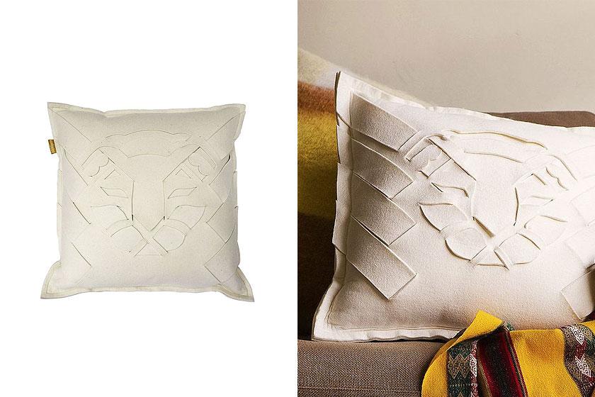 De Lion Felt Pillow - cushion - kussen van Malagoon is via de webshop van Malagoon te koop