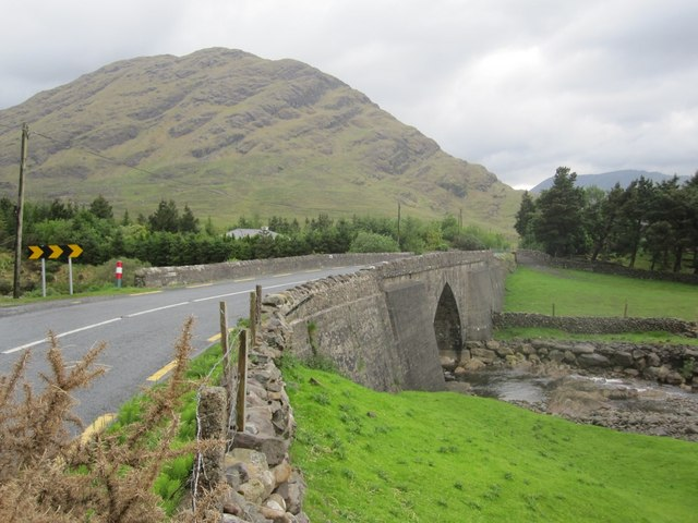 Glennacally_Bridge_Conemara.jpg