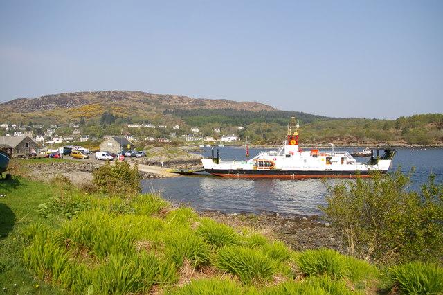 Tarbert_Ferry.jpg