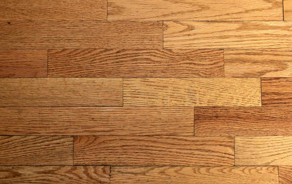 Wood flooring - laminates and real wood floors