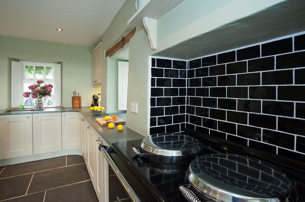 How To Choose a Kitchen Colour Scheme — Lakeland Kitchens