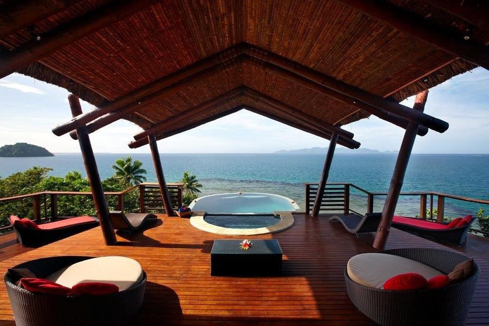 Vunikau Penthouse - Plunge pool with scenic deck.jpg