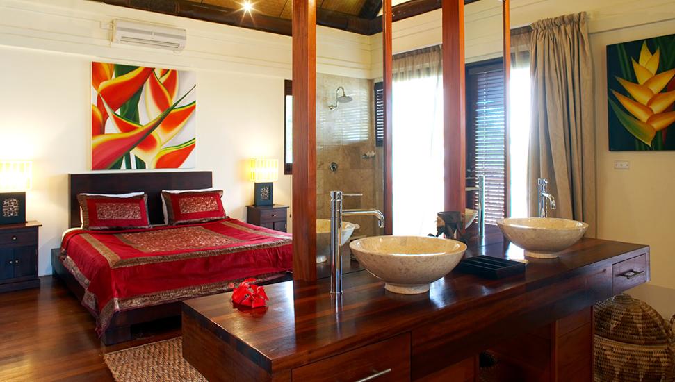 Master bedroom - Grand Villa.png